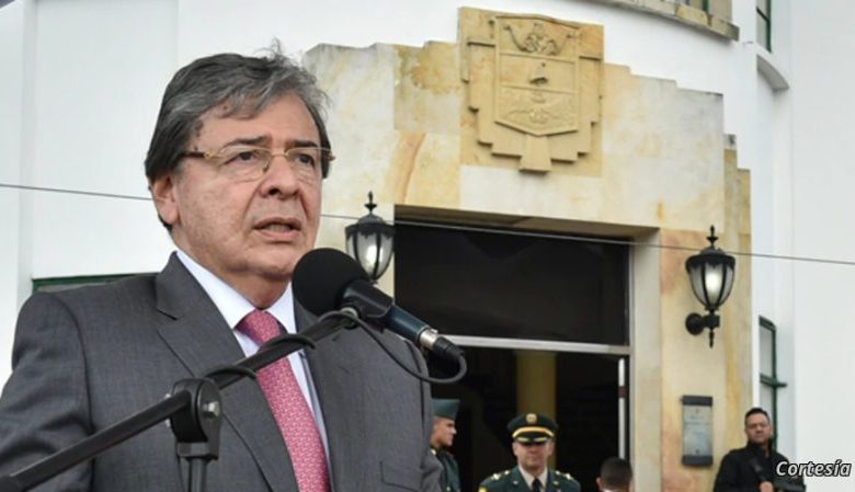 El ministro de Defensa de Colombia, Carlos Holmes Trujillo