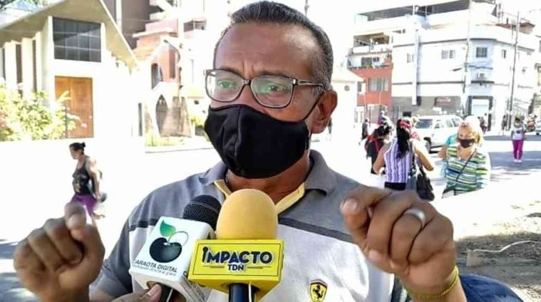 Johnny Martínez