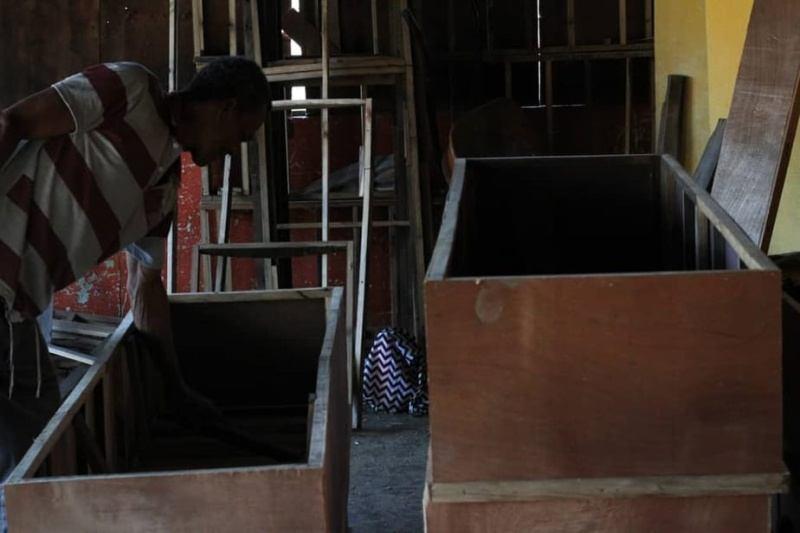 Los gastos funerarios oscilan entre los 300 y 600 dólares, gastos imposibles de afrontar para muchas familias zulianas